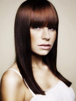 Перфектно права коса - прическа с преса за дълга коса