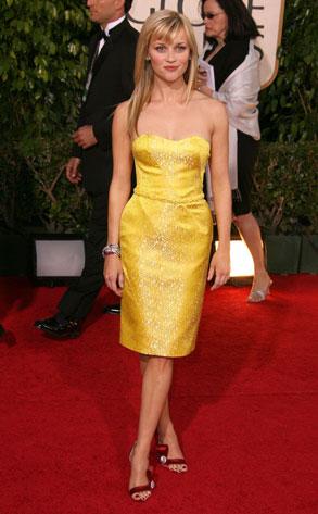 Рийз Уидърспуун в жълта рокля