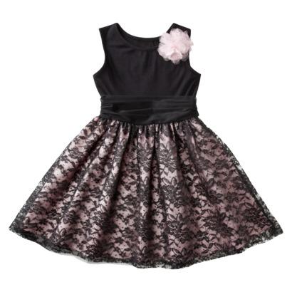 Черна рокля с дантелена пола есен-зима 2011