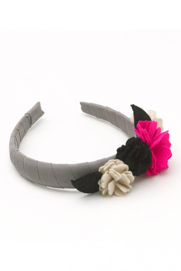 Диадема в сиво с бели, черни и розови цветя Olympia Le-Tan пролет лято 2012