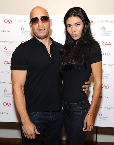 Вин Дизел с красивата си половинка, модела Палома Хименез