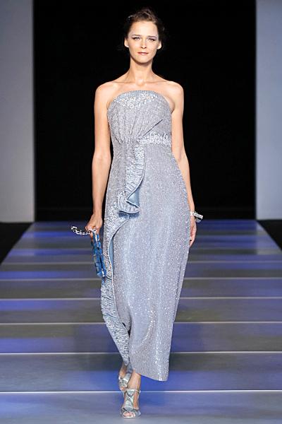 Дълга рокля с текстилна декорация Giorgio Armani Пролет-Лято 2012