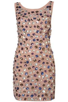 Бежова рокля с камъни в различни цветове