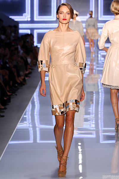 Кожена рокля в бежово Dior Пролет-Лято 2012