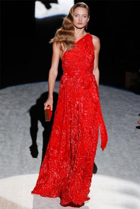 Червена вечерна рокля Salvatore Ferragamo пролет 2012