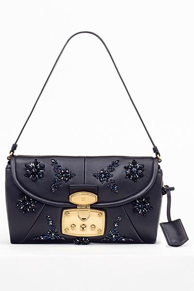 Малка кожена чанта с бродерия мъниста Loewe Есен-Зима 2011
