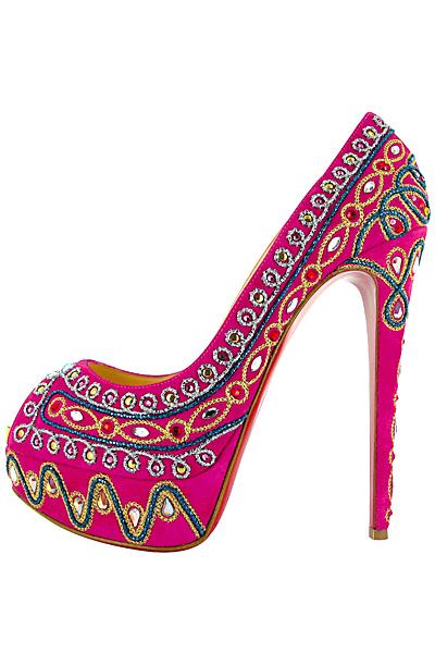 Обувки  на висок ток розови с бродерии и пайети Christian Louboutin Пролет-Лято 2012