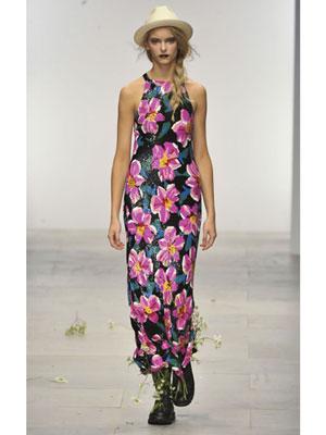 Макси рокля в черно на розови цветя Ashish Пролет-лято 2012