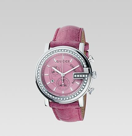 Часовник Gucci с розова каишка и циферблат