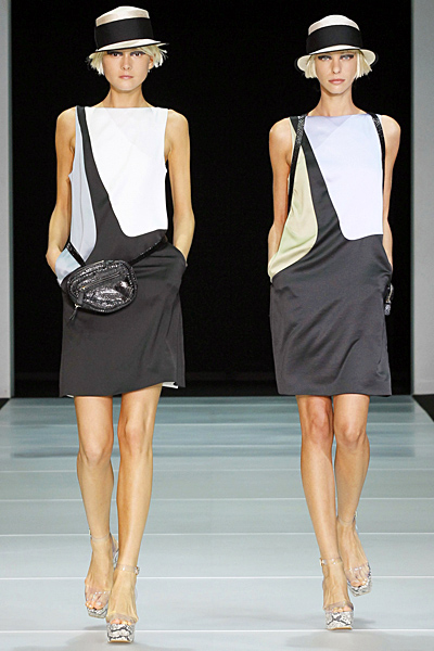 Копринена рокля бяло и черно Emporio Armani Пролет-Лято 2012