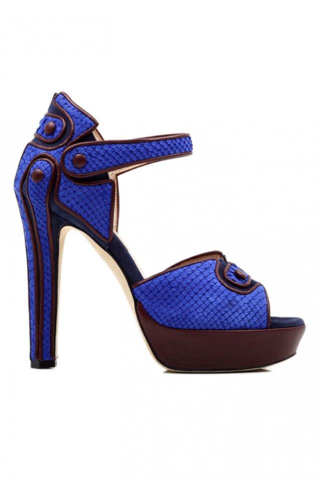 Обувки на висок ток с платформа с декоративни копчета синьо и лилаво Chrissie Morris пролет-лято 2012
