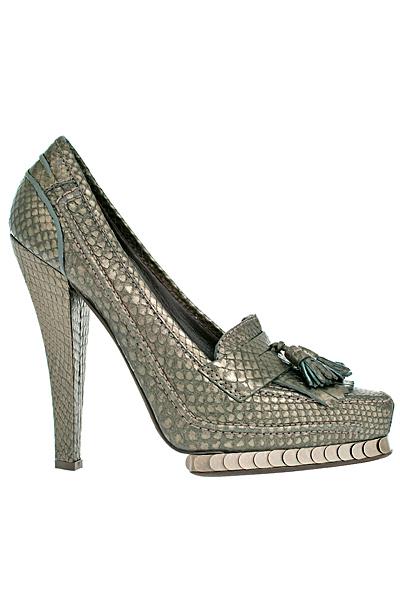 Обувки на висок ток цвят металик с пискюли Roberto Cavalli Есен-Зима 2011