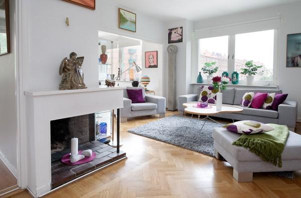 Интериор за малък апартамент с камина
