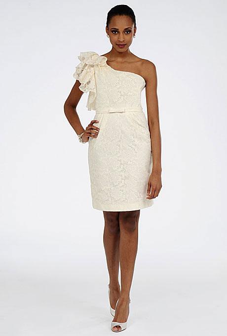Къса булчинска рокля с бродерия с едно рамо Priscilla of Boston пролет 2012