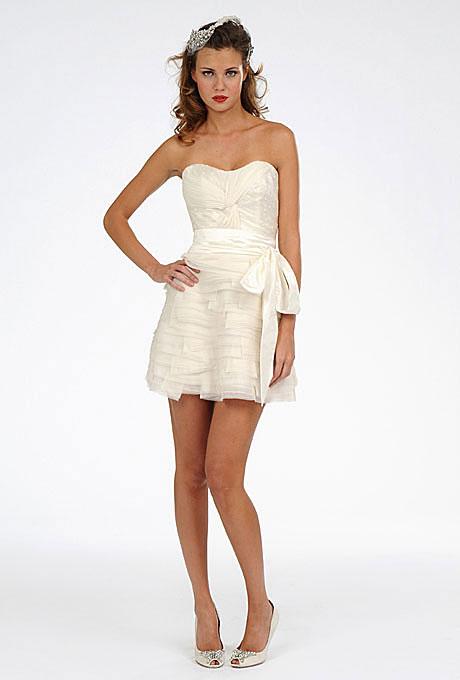 Къса булчинска рокля без презрамки с панделка на кръста Melissa Sweet Пролет 2012
