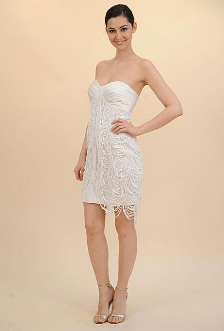 Къса булчинска рокля с нанизи от мъниста Francesca Miranda Пролет 2012