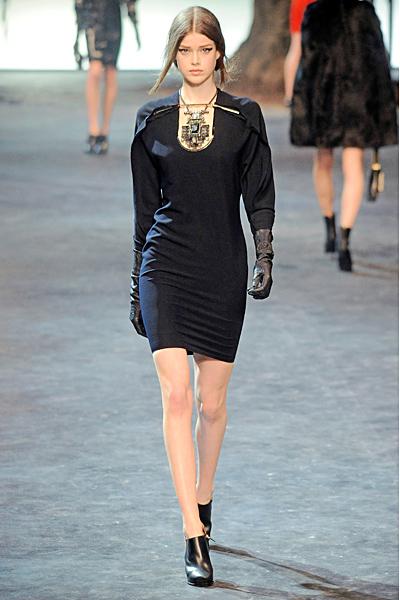 Къса черна рокля по тялото с 3/4 ръкави Lanvin Есен-Зима 2011