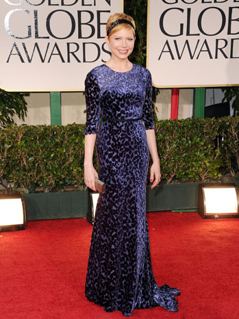 Мишел Уилямс в тъмно синя рокля Jason Wu