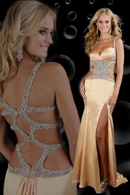Златиста дълга бална рокля с голяма цепка и гол гръб 2012