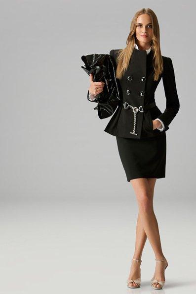 Къса права пола и сако с 2 реда копчета в черно