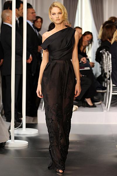 Стилна дълга черна рокля с едно рамо Haute Couture на Dior за Пролет-Лято 2012