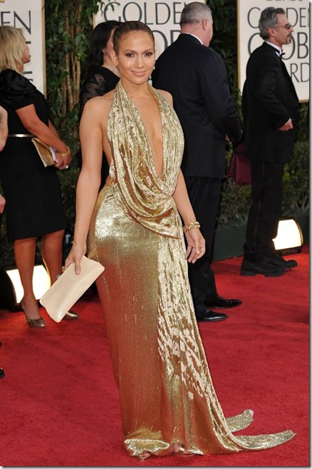 Дженифър Лопез на наградите Златен глобус 2009 в златиста рокля с фамозно деколте