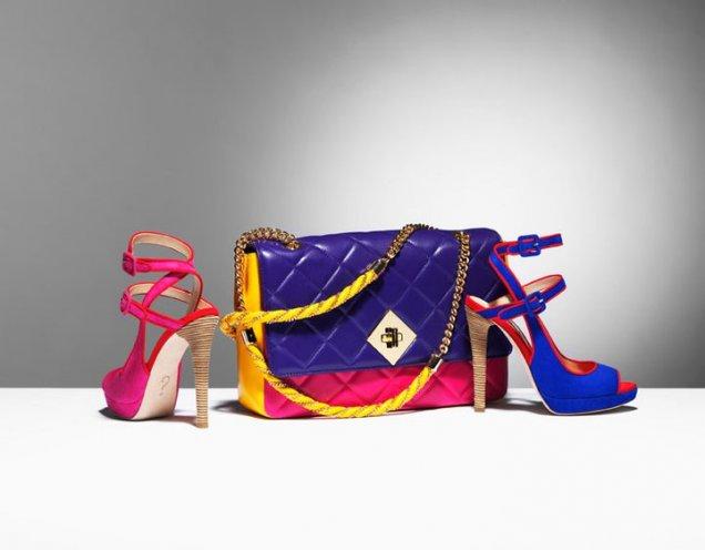 Цветна чанта с цветни сандали