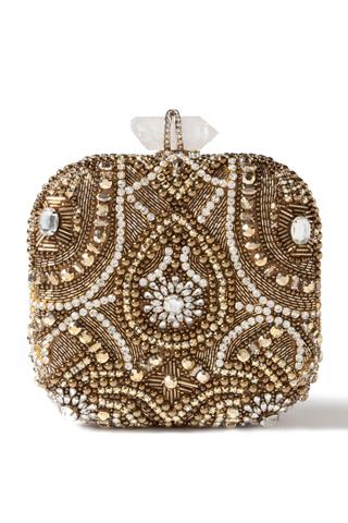 Квадратна чанта украсена с мъниста, камъни  и пайети Marchesa Пролет 2012
