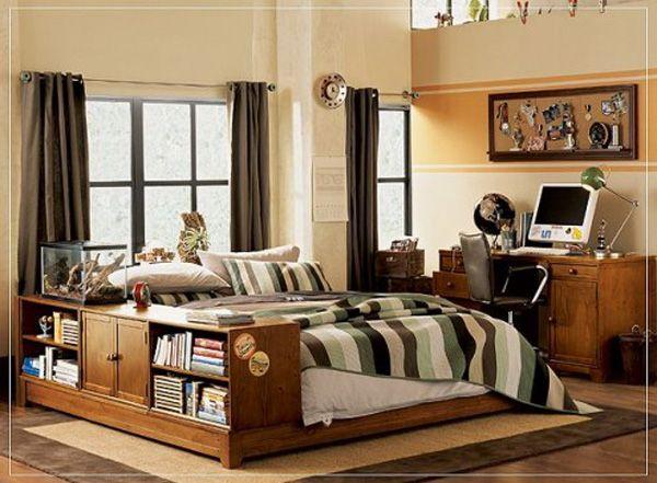Детска стая за момче с мебели дървесина и легло с място за книги