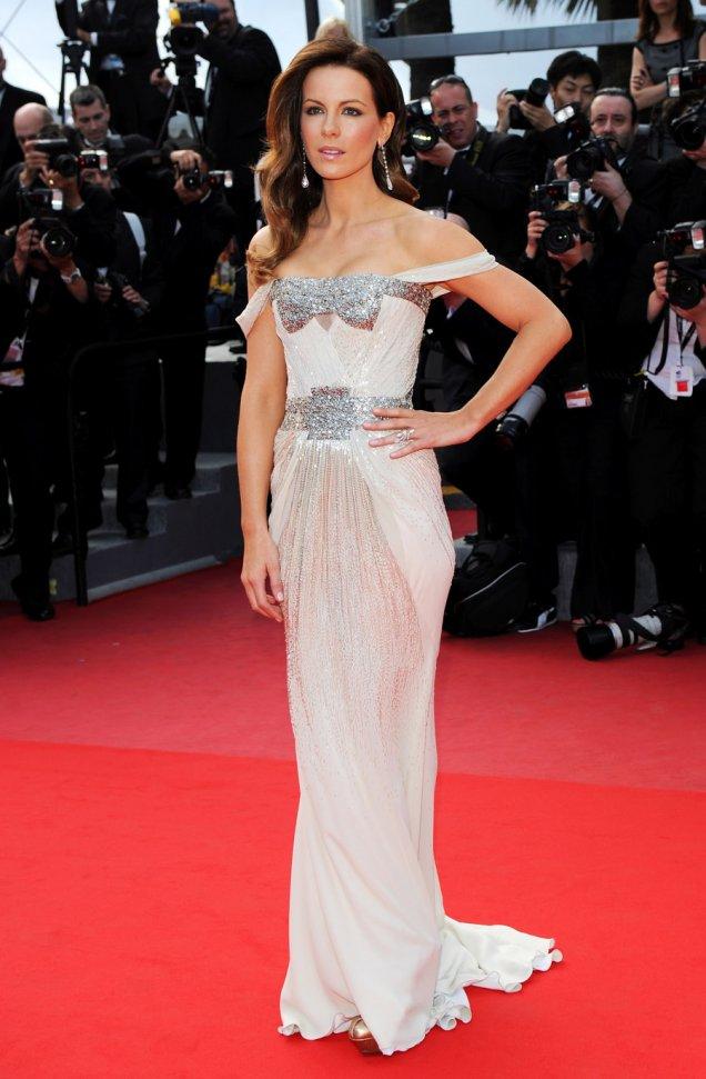 Кейт Бекинсейл в неотразима рокл Gucci