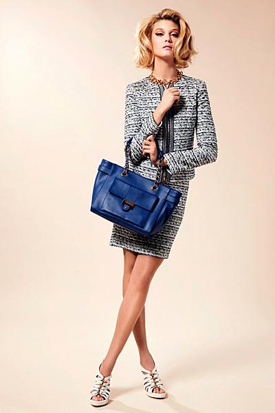 Стилен комплект пола и сако Предпролетна колекция Blumarine за 2012