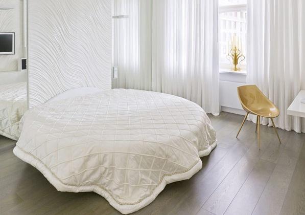 модерен апартамент в Москва - кръгла спалня