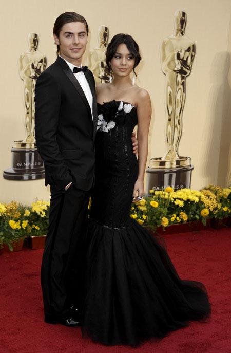 Ванеса Хъджънс със Зак Ефрон на наградите Оскар