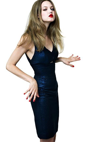 Къса тъмно синя рокля по тялото Ваканционна колекция Z Spoke на Zac Posen 2012