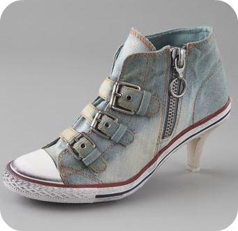 Дънкови спортни обувки на ток