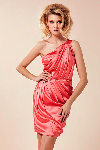 Къса рокля с едно рамо Предпролетна колекция Blumarine за 2012