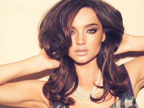 Един от любимите на публиката ангели на Victoria's Secret Миранда Кер