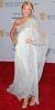 Бейк Лайвли в ефирна бяла рокля