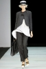Черен панталон с черно сако и бяла туника Emporio Armani Пролет-Лято 2012