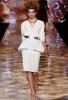 Стилна бяла рокля до коляното Badgley Mischka пролет 2012