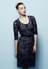 Сладка рокля до коляно с тъмно синя дантела есен-зима 2011