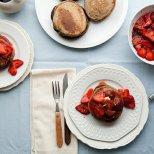 Мини палачинки с ягоди