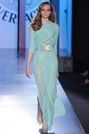 тюркоазена рокля на Versace