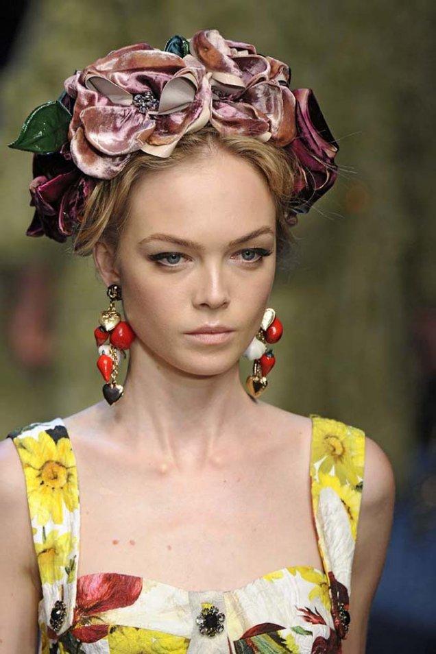 Dolce and Gabbana лента за глава с акцент големи цветя с камъни