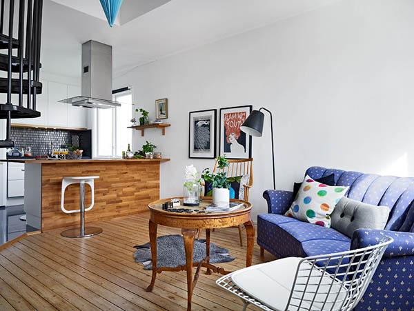 уютен малък апартамент на два етажа