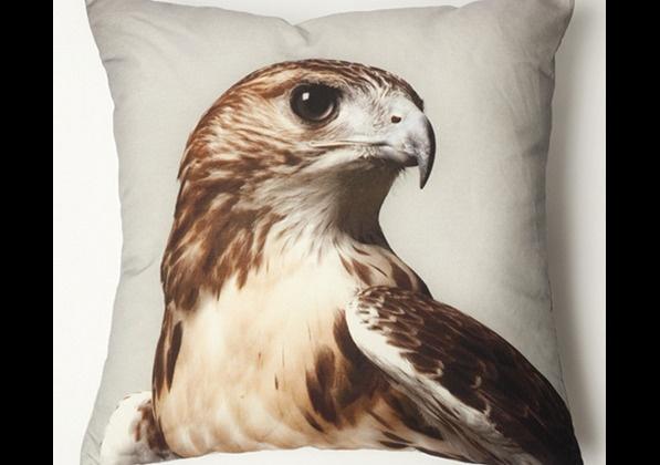 декоративна възглавничка с орел