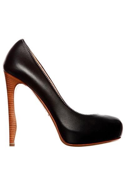 Елегантни черни обувки на ток Nicholas Kirkwood Пролет-Лято 2012