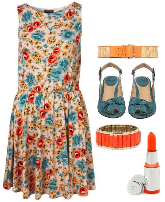 Флорална ролкя със сини обувки и бижута в оранжево