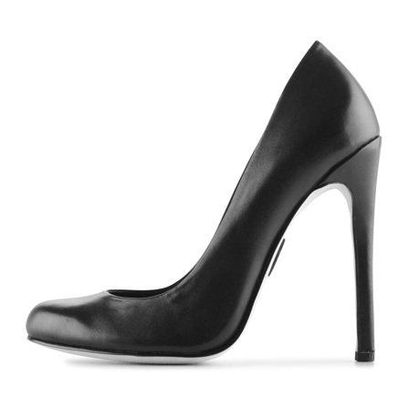 обувките на Мадона