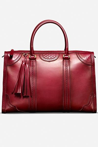 червена чанта на Gucci